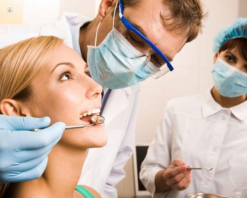 Periodontitis: causas y tratamiento